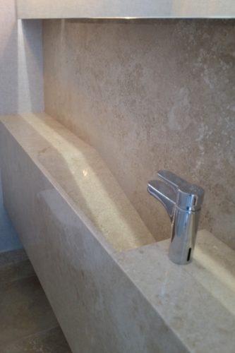 Baño de visitas MB